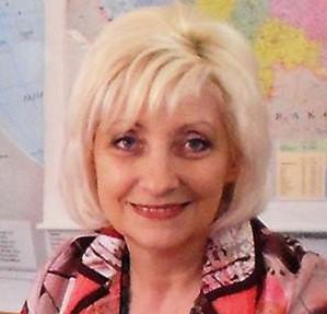 Анна Евсина